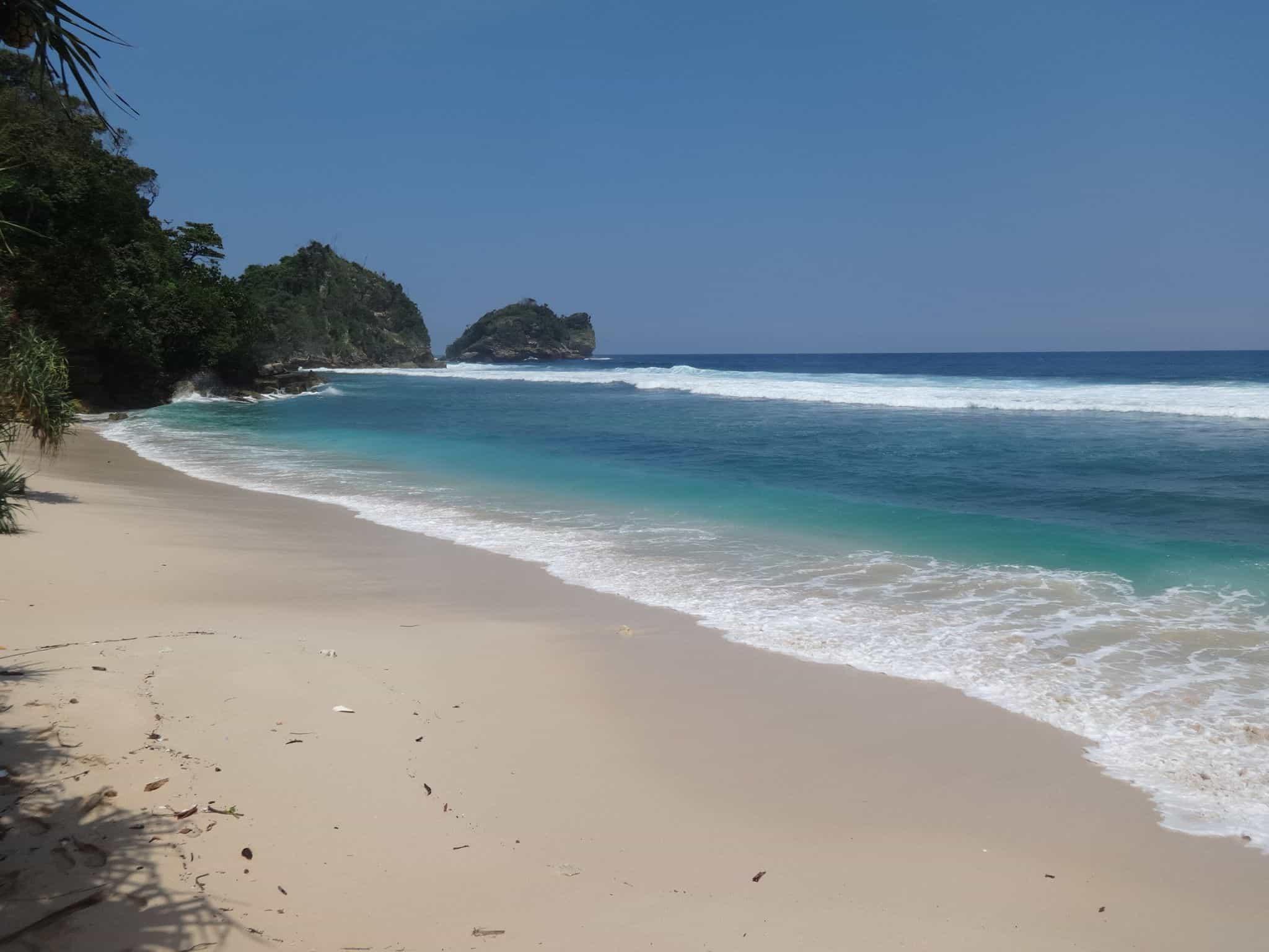 Pantai Pasang Malang